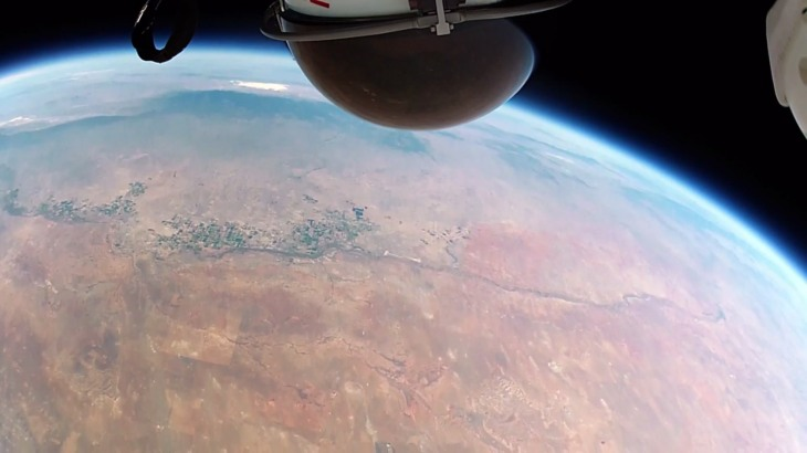 felix-baumgartner-space-jump-gopro-2