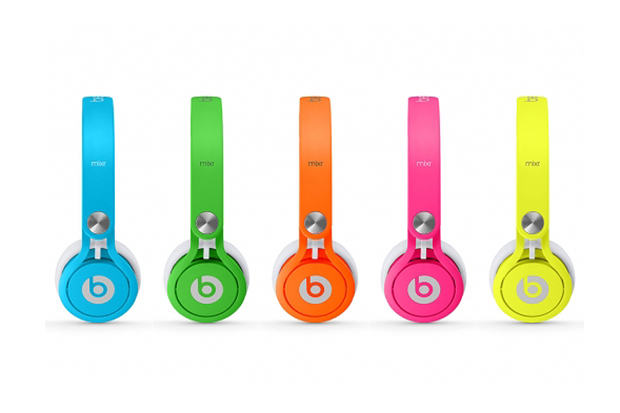 beats-by-dre-2013-neon-mixr-1_0